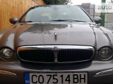 Jaguar X-Type 2.5i                                            2002